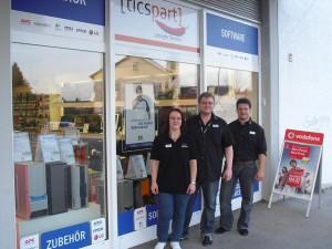 Die Leiter des PC-SPEZIALIST Store in Maxhütte (von links): Veronika, Nico und Michael