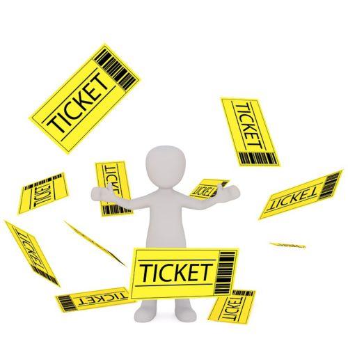 Das Pixabay-Bild zeigt ein weißes Männchen, dass mit gelben Tickets um sich wirft. Es symbolisiert die Ticketbörse.