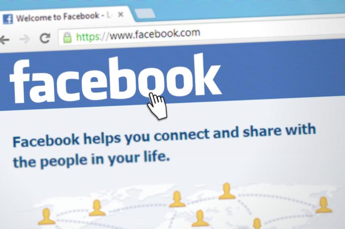 Zu sehen ist die Facebook-Startseite; wieder steht der Facebook-Datenschutz in der Kritik. Foto: pixabay.com/Simon