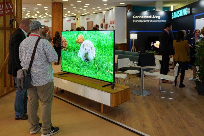 IFA-Neuheiten: Ein superscharfer Fernseher von Samsung auf der IFA 2019. Quelle: Messe Berlin