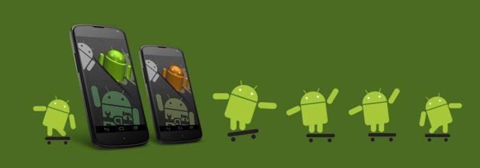 Android R oder Android 11? Android-Männchen auf Scateborads und zwei Android-Handys mit Android-Männchen.. Bild: Pixabay