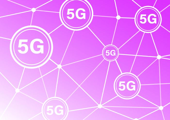 Ist 5g schädlich? Netz aus 5G auf pinkem Hintergrund. Bild: Pixabay